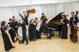 Quasars Ensemble, kredit: Zdenko Hanout